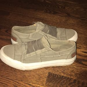BLOWFISH CANVAS ARMY GREEN SLIP ON SNEAKERS